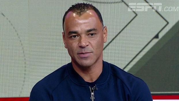 Cafu se diz otimista: 'Copa vai voltar para o Brasil em 2018'