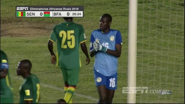 Goleiros fazem boas defesas e Senegal e Burkina Faso não saem do 0 a 0