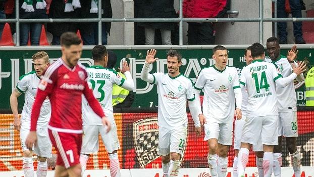 Kruse faz todos os gols do Werder Bremen e garante vitória por 4 a 2 sobre o Ingolstadt