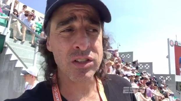 Meligeni mostra a vista e quanto custa para sentar na quadra central de Roland Garros