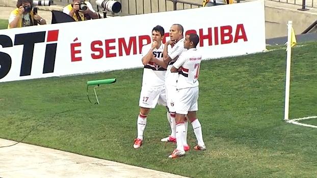 Luis Fabiano brilhou, e São Paulo fez 3 a 0 no Palmeiras em 2012; reveja
