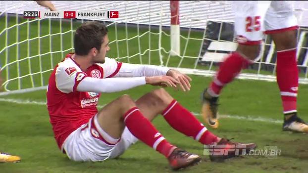 Assista aos melhores momentos do empate entre Mainz e Eintracht Frankfurt em 1 a 1!