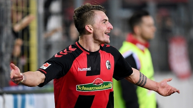 Assista aos melhores momentos da vitória do Freiburg sobre o Colõnia por 2 a 1
