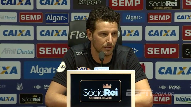 Elano diz que renovação de Ricardo Oliveira está bem encaminhada: 'Ele é importante para nós'