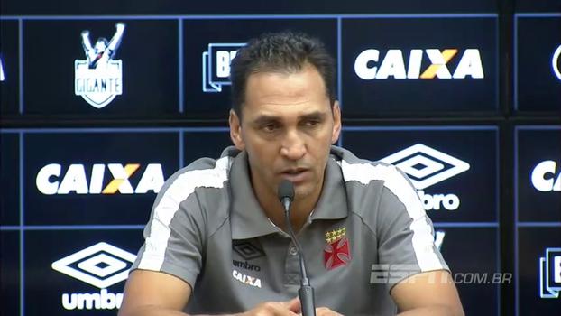 Auxiliar técnico do Vasco dá entrevista confusa após derrota contra São Paulo; veja