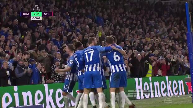 Stoke City  sai na frente, mas Brighton & Hove Albion reage e busca empate