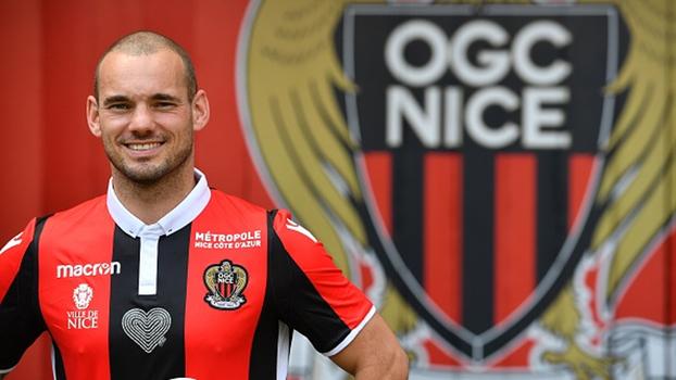 Especialista em chutes de longe, Sneijder pega a 10 do Nice e vai dar trabalho aos goleiros adversários; veja