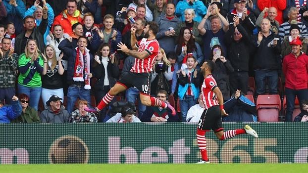 Resultado de imagem para Southampton x Burnley photos