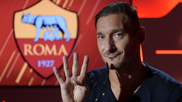 'SportsCenter' dedica abertura do noticiário ao aniversariante Totti