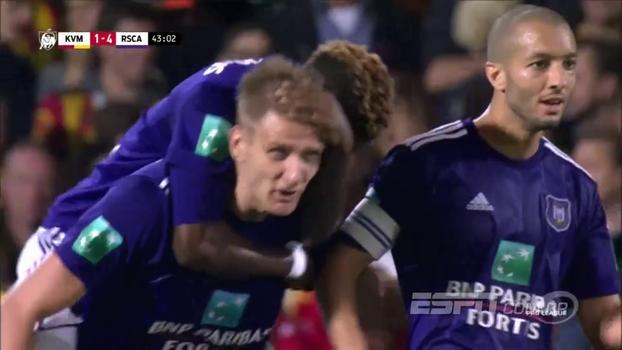 Anderlecht vence Mechelen por 4 a 3 e sobe para o 3º lugar na Bélgica