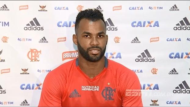 Fernandinho diz que Flamengo 'não pode vacilar' e precisa fazer bom resultado contra o Fortaleza