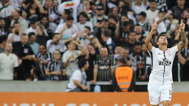 Brasileiro: Gol de Atlético-PR 0 x 1 Corinthians