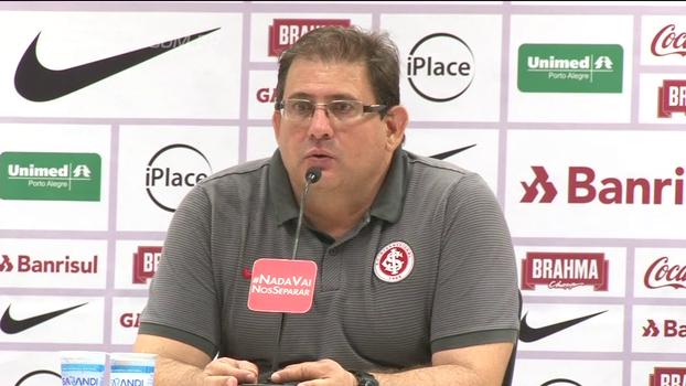 Guto Ferreira destaca resultado e postura do Inter após expulsão de Sasha: 'Grupo sai fortalecido'