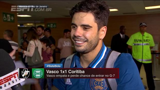 Henrique Almeida valoriza ponto em empate com o Vasco e fala em 'sair do Z-4 na hora certa'