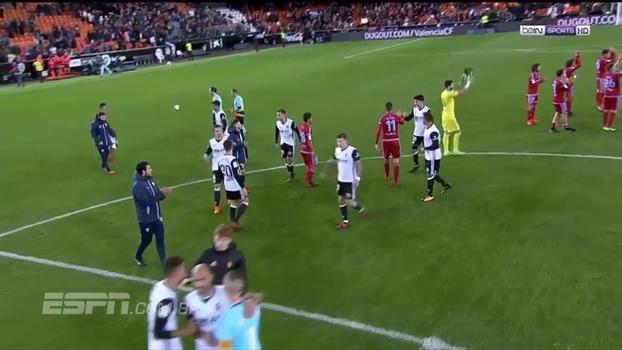 Assista aos gols da vitória do Valencia sobre o Zaragoza por 4 a 1!