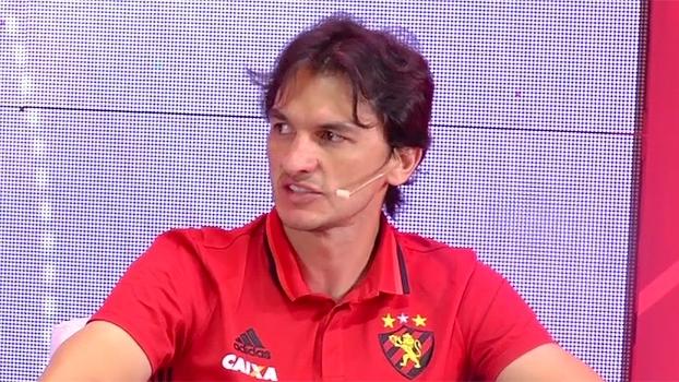 Matheus Ferraz elogia Durval: 'Ele agrega cada dia mais dentro do Sport'