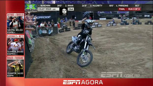 Em primeira participação nos X Games, Colby Raha faz manobra incrível na Moto X