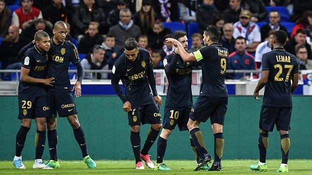 Assista aos melhores momentos da vitória do Monaco contra o Lyon, por 2 a 1