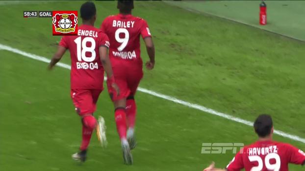 Borussia Monchengladbach sai na frente, mas leva virada e é goleado em casa pelo Bayer Leverkusen