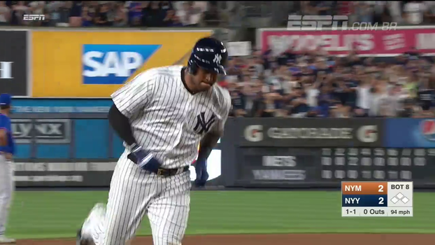 Yankees vencem Mets de virada em jogo de 5 home runs