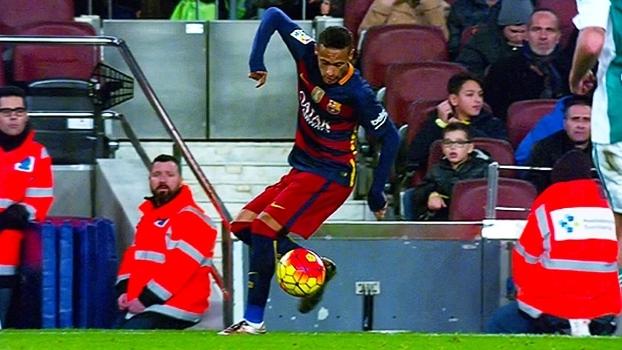 Carretilha, canetas, golaço e mais; veja os melhores e mais plásticos lances de Neymar no Espanhol 2015/16