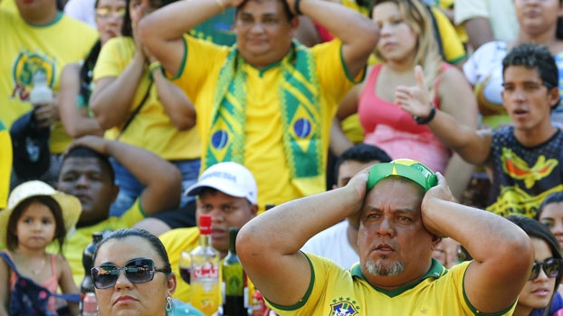 'Kibe Loco' ironiza torcida contra o México, compara ao público de vôlei e dispara: 'Copa para inglês ver'