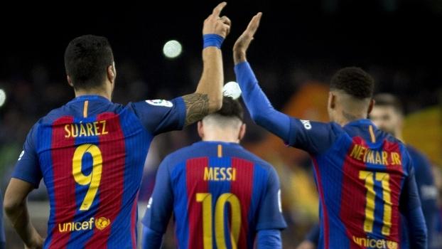Dribles, toques por cobertura e meia bicicleta: 20 belos gols do trio Messi, Suárez e Neymar