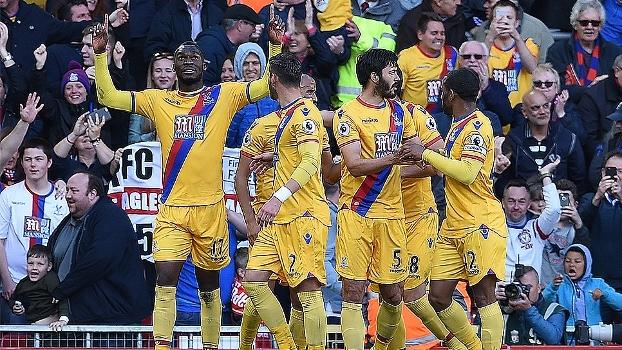 Premier League: Melhores momentos de Liverpool 1 x 2 Crystal Palace