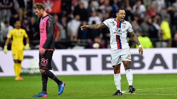 Assista aos gols da vitória do Lyon sobre o Toulouse por 4 a 0