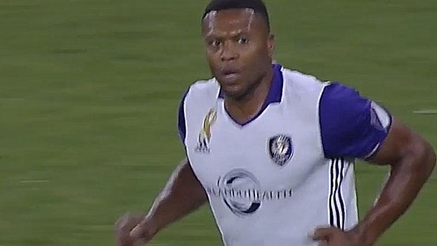 Gol de falta de Júlio Baptista, David Villa brilhando e mais nos golaços da semana 29 da MLS