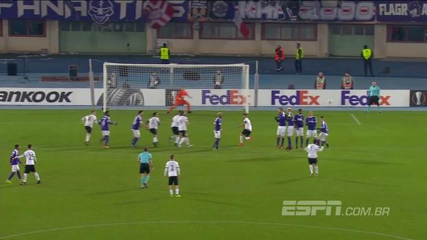Austria Vienna e AEK Atenas não saem do zero, e gregos se classificam na Europa League; veja os melhores momentos