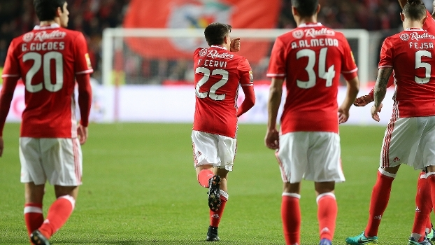 Benfica estreia com vitória no grupo D da Taça da Liga
