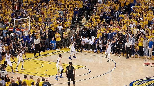 NBA: faltam 03 dias! Relembre a cesta de Kyrie Irving que garantiu o título aos Cavs