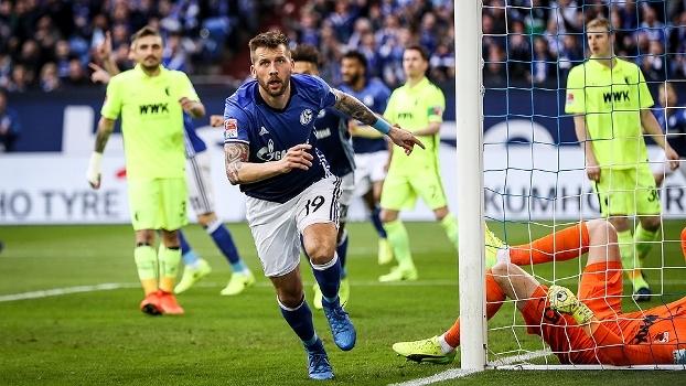Com dois gols de austríaco, Schalke vence fácil o Augsburg