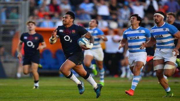 No fim do jogo, Inglaterra vira e bate a Argentina em emocionante clássico no rugby