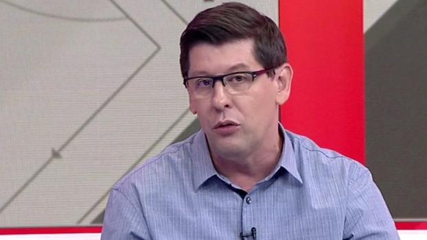 Celso Unzelte diz que Zico foi o melhor e mais completo brasileiro que viu jogar