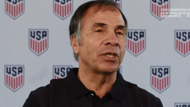 Novo técnico dos EUA diz que tem experiência para classificar seleção para a Copa do Mundo