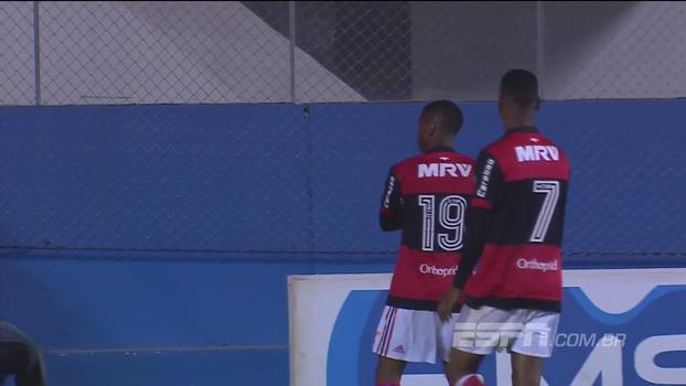 Flamengo atropela Corinthians e fica em 2º no Grupo C do Brasileirão sub-20
