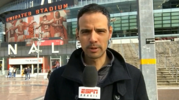 Situação de Wenger no Arsenal e boletim médico de Jesus: João Castelo traz as notícias da Inglaterra