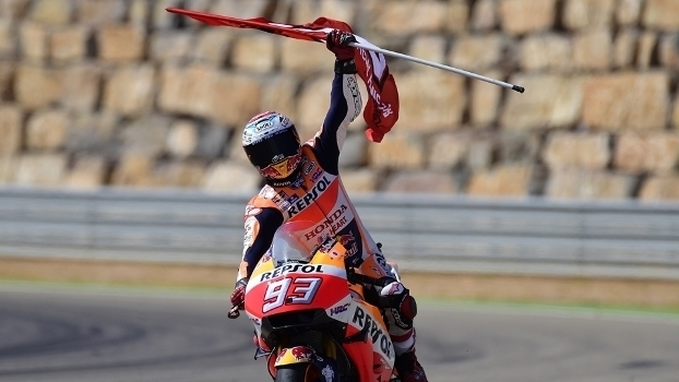 Veja os melhores momentos da etapa de Aragão da MotoGP, vencida por Marc Márquez