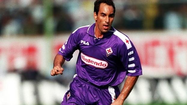 Com gol de Batistuta e assistência de Edmundo, Fiorentina bateu Internazionale em 1998