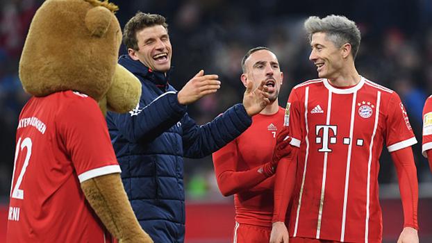 Assista aos melhores momentos de Bayern de Munique 3 x 1 Hannover