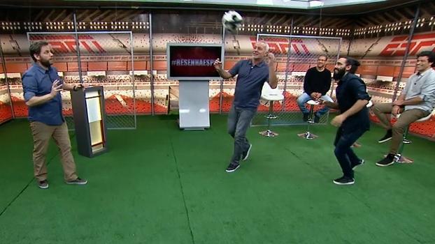 Com Sorin na marcação, Bobô mostra como se antecipava para fazer gol de cabeça