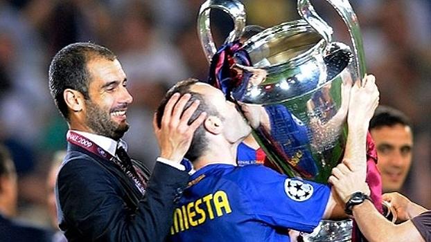 Iniesta elogia técnicos com quem trabalhou, mas ressalta Guardiola: 'Foi a época em que mais cresci'