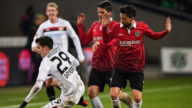 Veja os gols do empate entre Hannover e Bayer Leverkusen por 4 a 4 pela Bundesliga