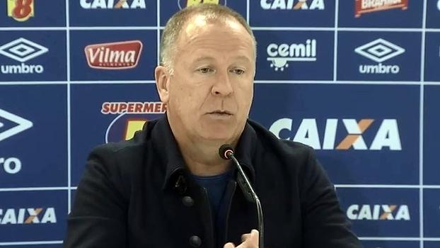 Mano Menezes reclama de pênalti não dado para o Cruzeiro: 'Nos prejudicou muito'