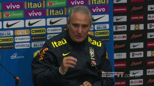 Tite cita Willian, Thiago Silva, Fernandinho e outros ao falar de concorrentes às vagas dos titulares