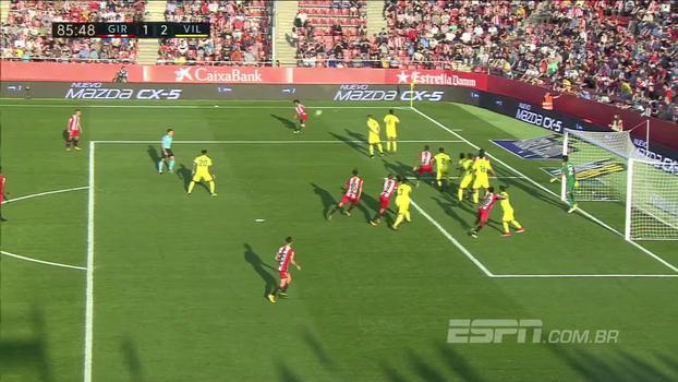 Ex-Vasco, Douglas Luiz joga pouco mais de 15 minutos contra o Villarreal e quase dá assistência