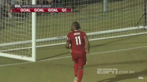 Drogba faz fila e anota golaço na segunda divisão dos Estados Unidos