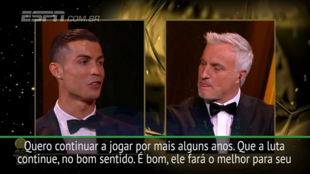 Após outra bola de ouro, Cristiano Ronaldo quer que luta com Messi continue: 'Vejamos, no final, quem é o melhor'